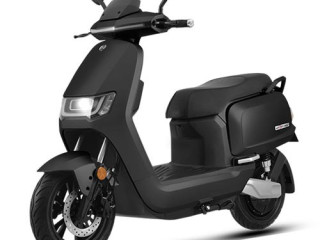 Sunra Robo S electric scooter wholesale supplier in Europe