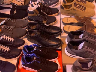 New shoes good quality season 2021,  200.000 pair on stock