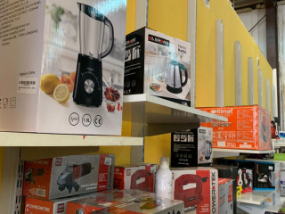 MIX OF EQUIPMENT AND ACCESSORIES AND APPLIANCES